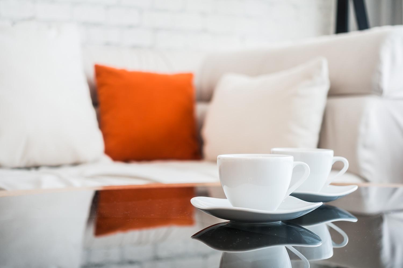 Come Pulire Il Divano cura e manutenzione del divano in pelle | cuborosso
